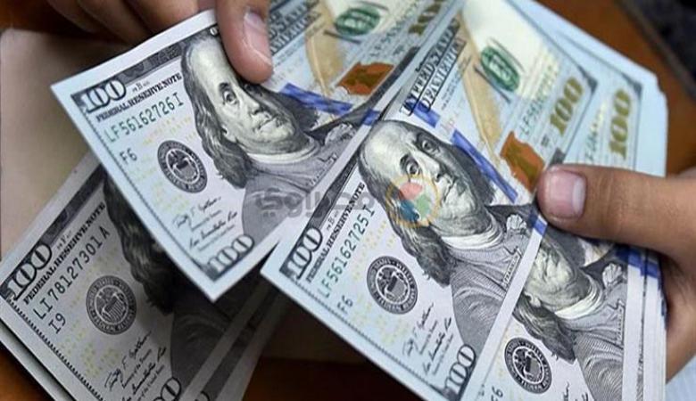 الدولار في أدنى مستوى له منذ أسبوعين