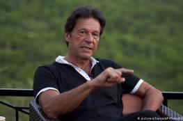 رئيس الوزراء الباكستان يوجه طلباً عاجلاً لزوكربرغ بشأن الإسلام