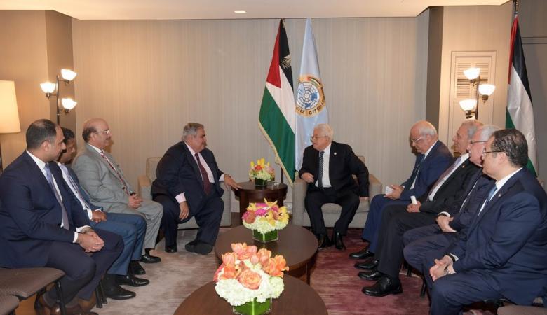 الرئيس يعقد اجتماعا مع وزير الخارجية البحريني