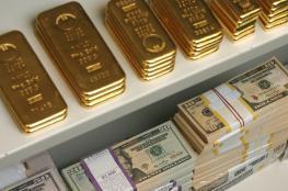 أسعار الذهب تتراجع تحت ضفط ارتفاع الدولار