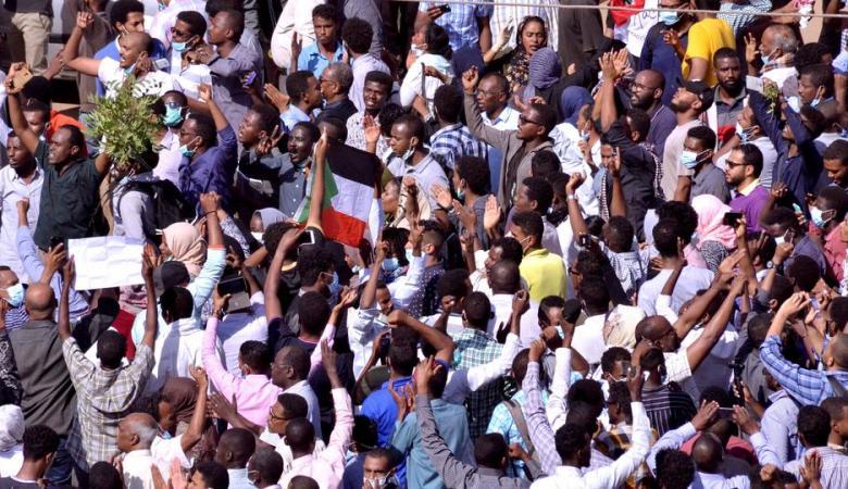 استئناف الاحتجاجات في السودان ومطالبات برحيل البشير