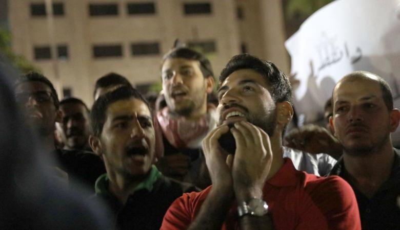 بعد أشهر من المظاهرات الشعبية وإقالة حكومة الملقي... الأردن يقر الضريبة الأزمة