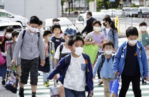 عودة الطلاب الى المدارس وفق ضوابط صارمة في اليابان