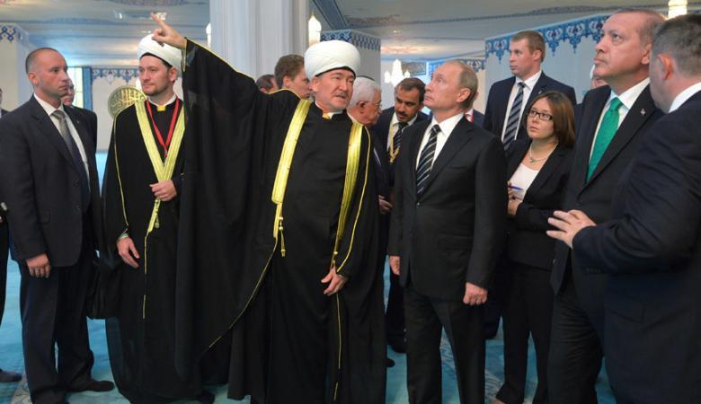 بوتين يدو اردوغان لحضور افتتاح مسجد في جزيرة القرم