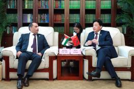 عطاري يبحث مع نائب وزير الزراعة والشؤون الريفية الصينية تعزيز التعاون