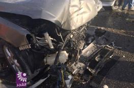 مصرع مواطن واصابة 10 اخرين بحادث سير مروع في طولكرم