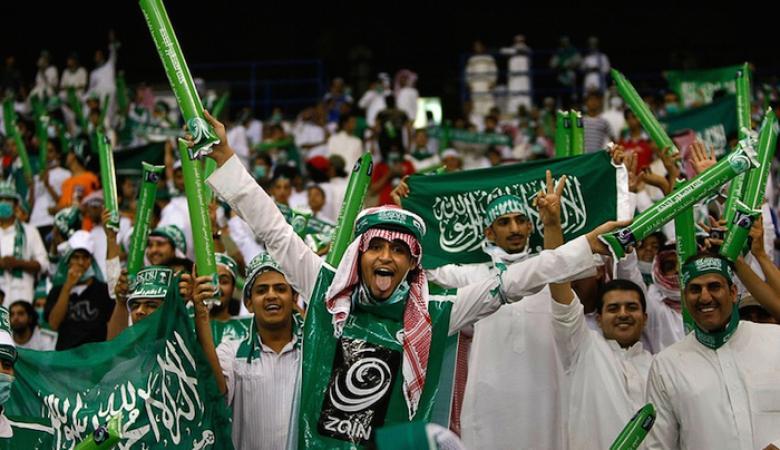 """الجمهور الرياضي الفلسطيني يترقب بـ""""شغف"""" اللقاء مع السعودية"""