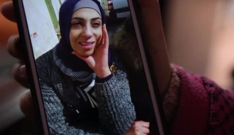 سيدرا.. مقدسية ودعت أمها أمام السجن وعادت بالدموع
