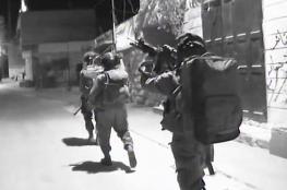 الاحتلال يمنع بيع العاب وصفها بالخطيرة في اسواق رام الله