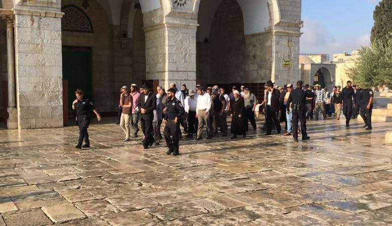 """""""العليا الإسرائيلية"""" ترفض إزالة بوابات دخول المستوطنين للأقصى"""