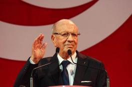 تونس : السبسي يظهر لأول مرة منذ مرضه
