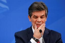 وزير الصحة البرازيلي يستقيل من منصبه بسبب كورونا
