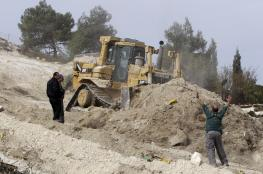 الاحتلال يجرف أراضي جنوب نابلس