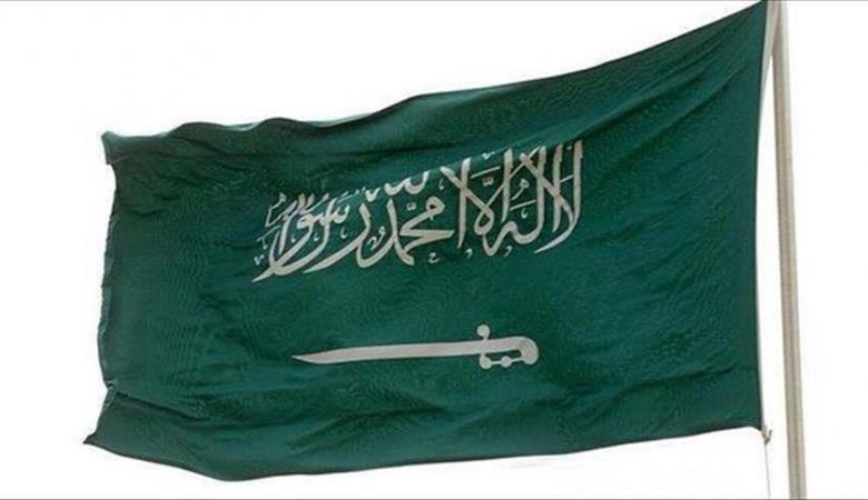 السعودية تنفي إلغاء نظام الكفيل