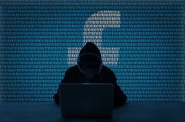 فضيحة تطارد فيسبوك : تغرة امنية جديدة في بيانات المستخدمين
