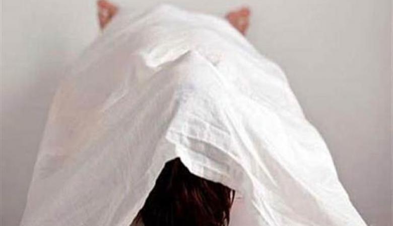 شاب يقتل شقيقته في نابلس ويحضر جثتها الى مقر شرطة المدينة