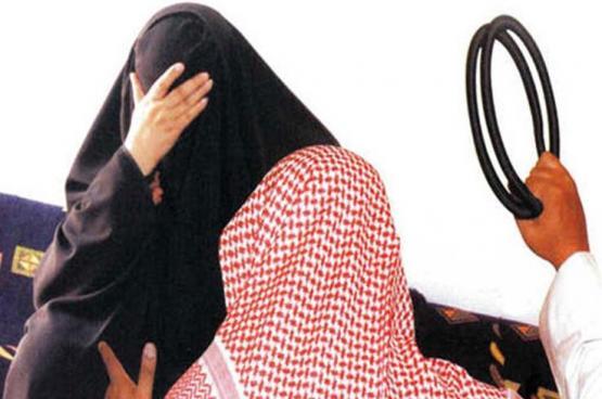 أول أيام العيد.. سعودي يطعن والدته ثم يدهسها بسيارته