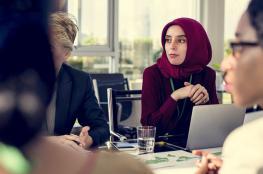 كم يحتاج الفلسطيني من الوقت كي يجد وظيفة له ؟