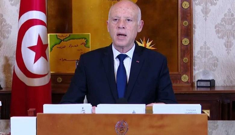 الرئيس التونسي يوقع أمرا رئاسيا بمنح الجنسية التونسية لـ 34 فلسطينيا
