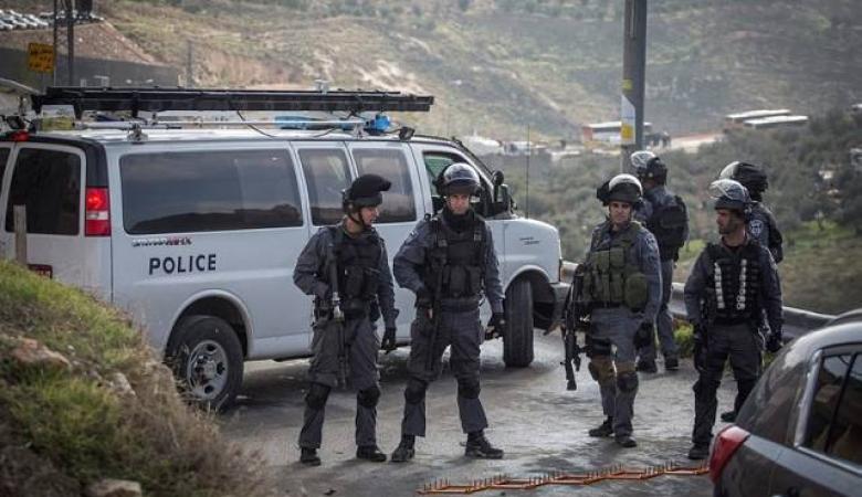 الاحتلال يقتحم قرى غرب رام الله ويصادر كاميرات تصوير