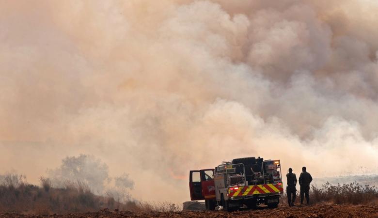 غزة : 17 حريقاً في الغلاف تكبد الاحتلال خسائر فادحة