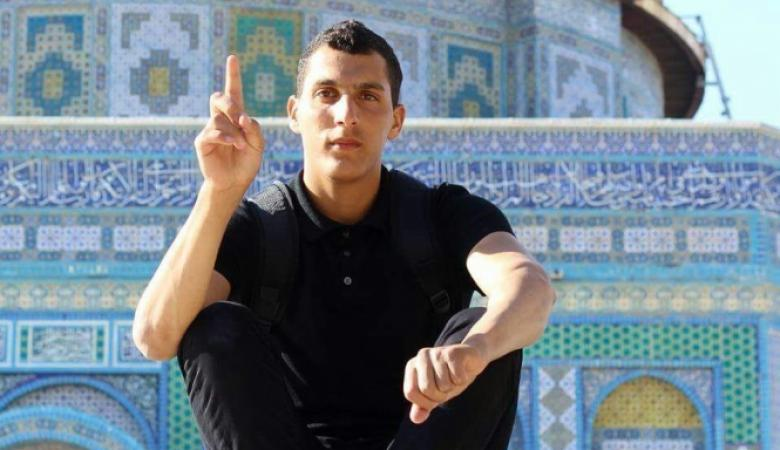 """شرطة الاحتلال تعتدي بوحشية على شاب من ام الفحم لانه من عائلة """"جبارين """""""