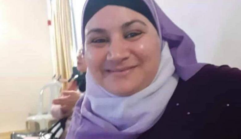 """تفاصيل  مروعة ..مقتل السيدة الفلسطينية """"أمينة فرحات """" على يد زوجها"""
