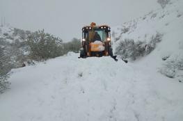 الجيش يتدخل لإنقاذ العالقين في الثلوج بالجزائر
