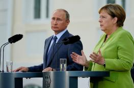بوتين وميركل يشددان على ضرورة حل المشاكل الإنسانية بسوريا