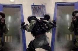 """الاحتلال يقمع الاسرى في سجن """"ريمون """""""