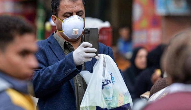 """مصر: إعفاء مسؤولين طالبوا الموظفين بـ""""ارتداء القمامة"""""""