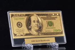 الدولار يهبط الى ادنى مستوى له منذ عام