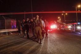 الاحتلال يحتجز عشرات المواطنين على مدخل بلدة ترمسعيا