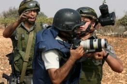 الاحتلال يواصل اعتقال 15 صحفيا 4 منهم قيد الاعتقال الإداري