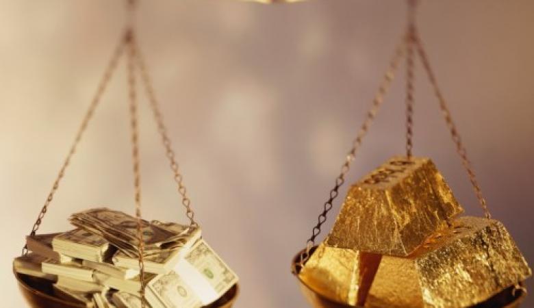 الذهب  يرتفع بعد الانخفاض الكبير للدولار
