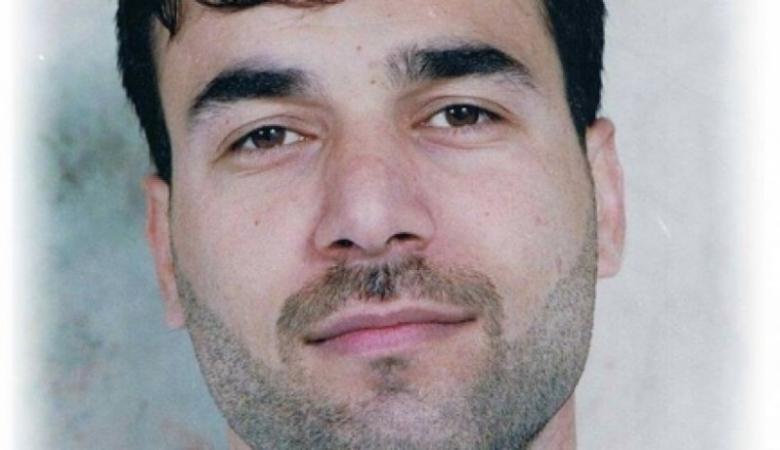 الاحتلال يعتقل زوجة الأسير رمضان مشاهرة وشقيقه خلال زيارته بسجن هداريم