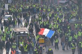 قبيل السبت الرهيب ....الرئيس الفرنسي يبحث عن مخرج للأزمة