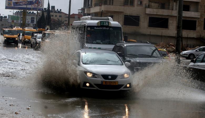 تغيرات كبيرة في الحالة الجوية خلال الساعات المقبلة وتحذيرات من السيول