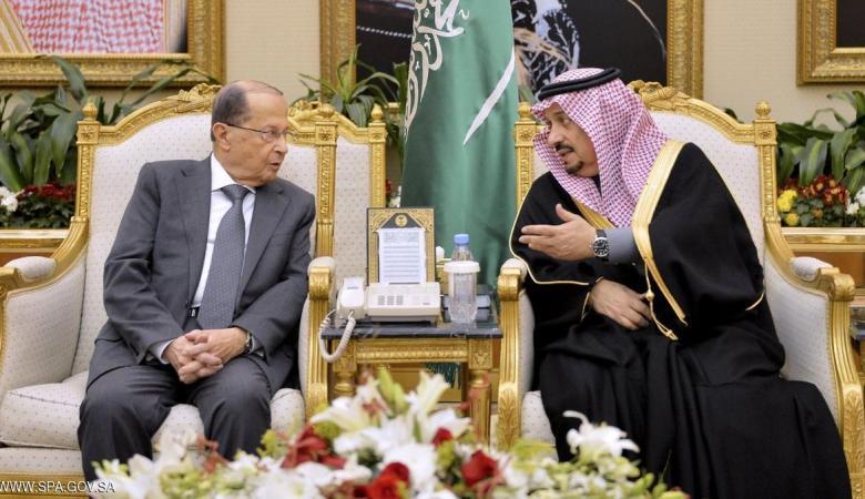 الرئيس اللبناني يصل السعودية في أول زيارة خليجية له