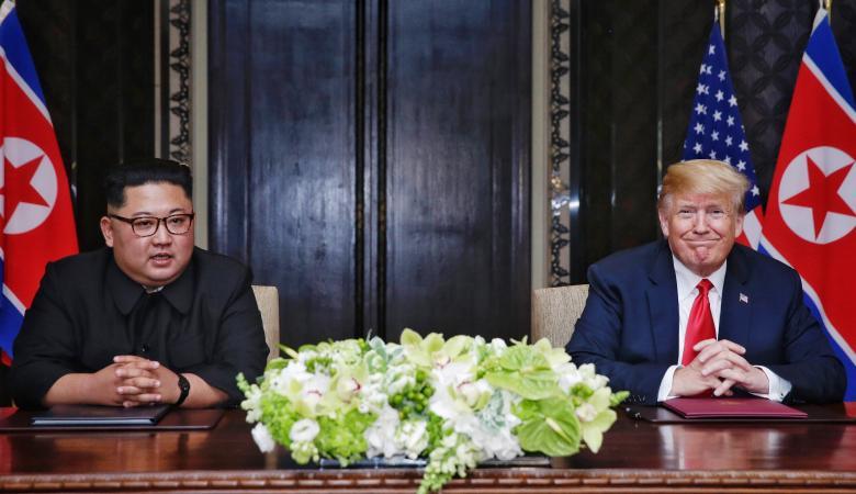 كيف تطورت علاقة ترامب بكيم جونغ أون؟