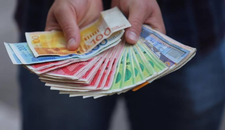 انخفاض جديد للدولار مقابل الشيقل