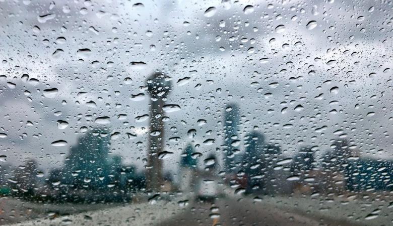 حالة الطقس : أجواء شديدة الحرارة مصحوبة بالامطار