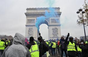 قتيلان و700 جريح في تظاهرات فرنسا