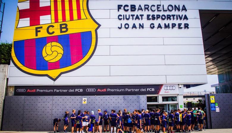 ايرادات برشلونة قد تزيد عن مليار دولار