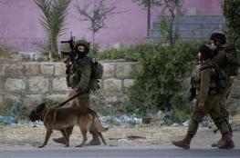 بينهم زوجة أسير ..الاحتلال يشن حملة اعتقالات في الضفة