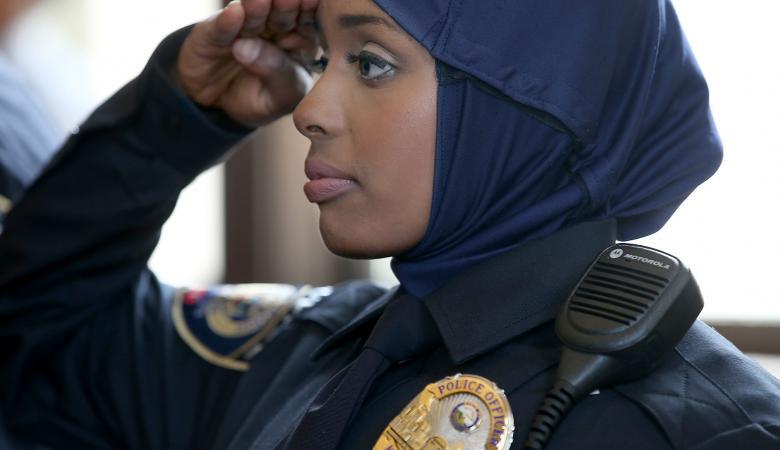 الجيش الامريكي  يمنح قادة الألوية صلاحية السماح باللحية والحجاب