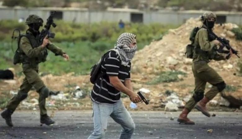 """إصابة """"مستعرب"""" برصاص الاحتلال ظناً أنه فلسطيني بالدهيشة"""