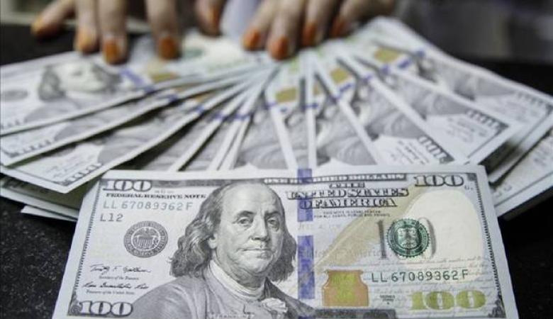 الدولار يستقر قرب أعلى مستوى أمام الشيكل في 3 شهور