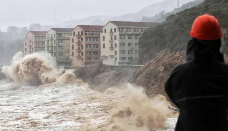 قتلى وجرحى ومفقودين جراء إعصار مدمر بالصين