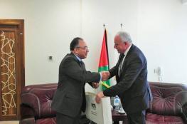 السفير المصري المعتمد في فلسطين ينهي مهامه الرسمية
